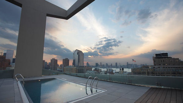 The-James-New-York-rooftop-pool-city-view