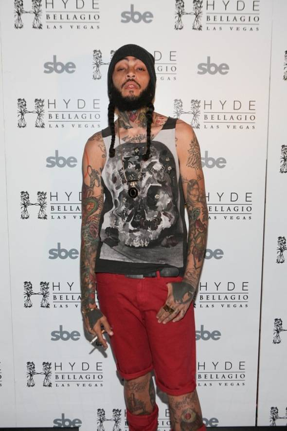 Travie McCoy on red carpet, Hyde Bellagio, Las Vegas, 5.27.12