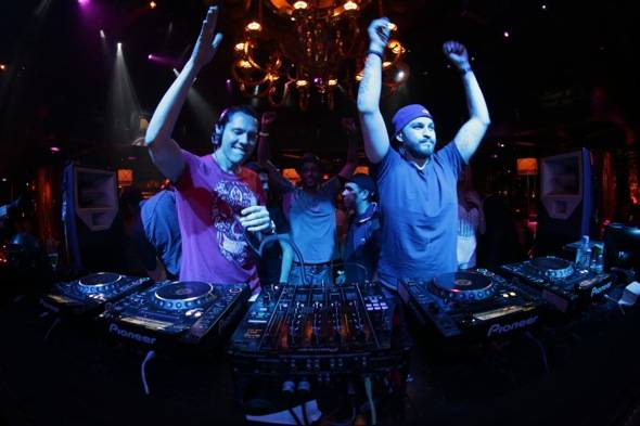 XS - Night Swim - Tiesto Steve Angello - 5.20.12