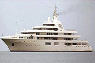 billionaires-super-yacht-battle-1337533000-8294-1