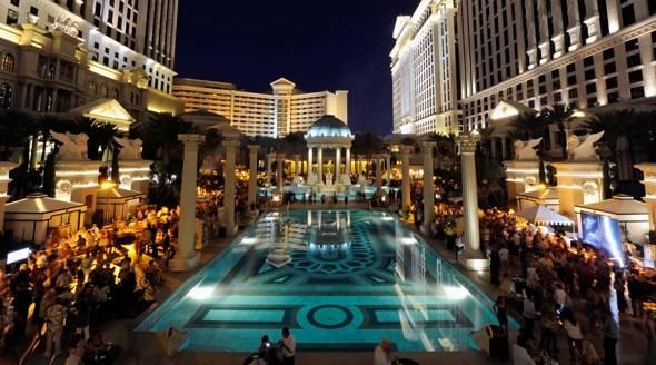144261057EM004_Vegas_Uncork