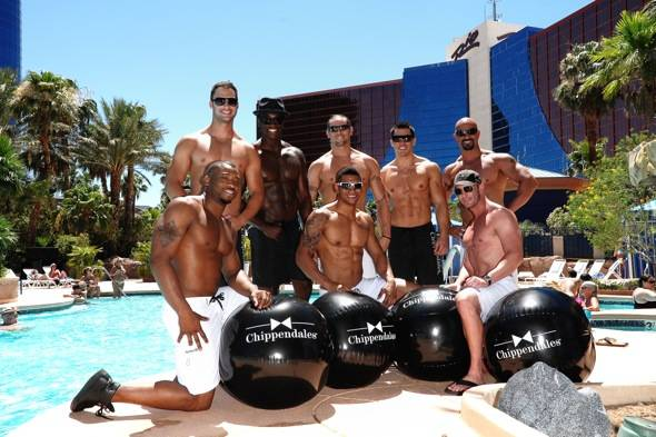 Chippendales Voo Pool
