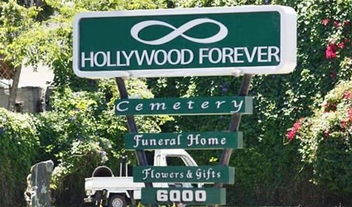 HollywoodForeverKK_2012_06