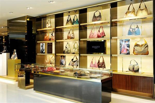 The JAckie Display Celebrates an Iconoc Gucci Line