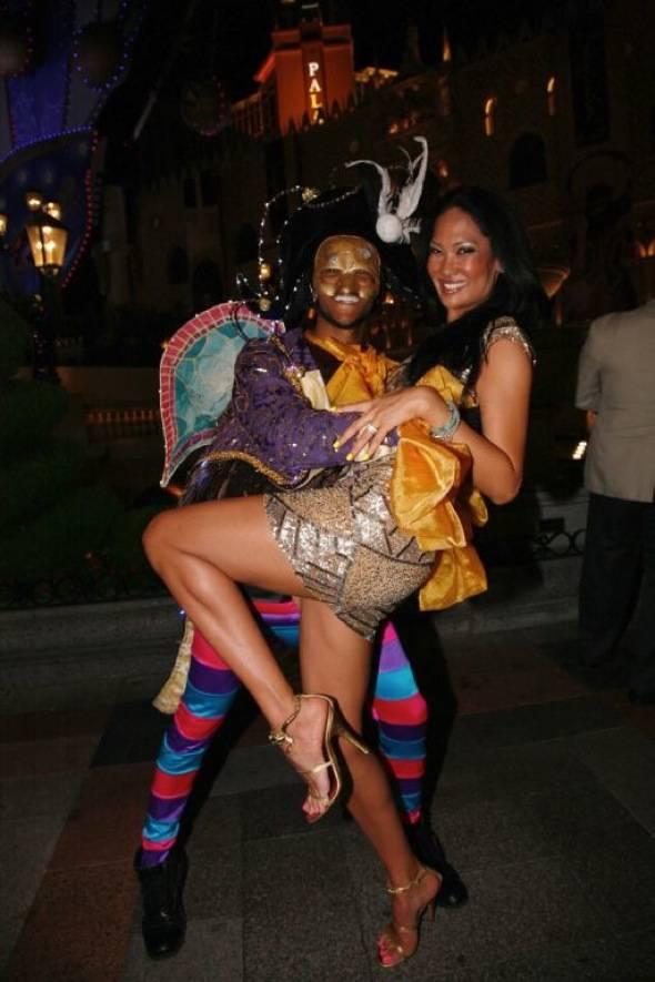 Kimora Lee Simmons dances at Carnevale at The Venetian Las Vegas