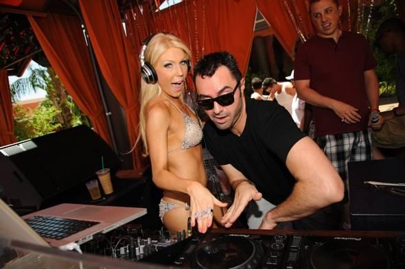 TAO Beach Gretchen DJ