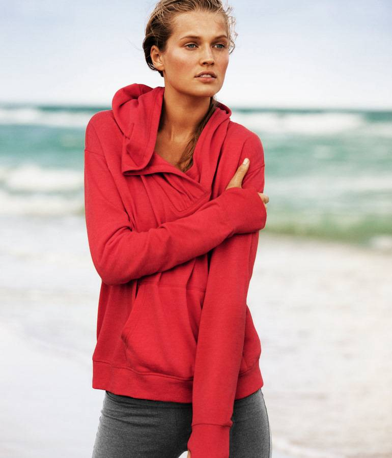 Toni Garrn for HM Sportswear 2012-6