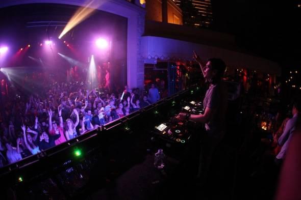 Tryst Nightclub Thomas Gold 2