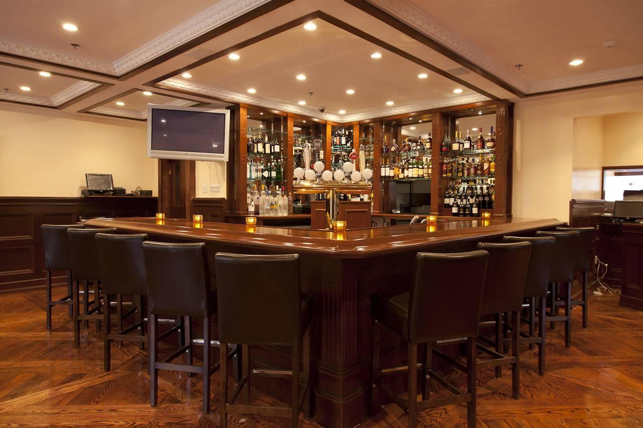 West - Bar