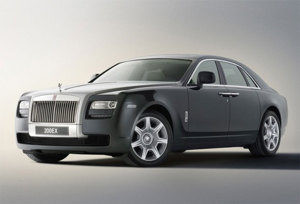2010-rolls-royce-ghost-front-angle-588×401