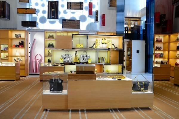5th Ave NYC Kusama interior