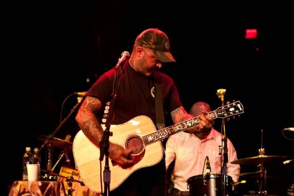Aaron Lewis at Body English_lowres 7.13.12