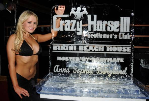 Anna Sophia Berglund Poses with Ice Sculpture at Crazy Horse III