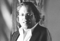 Gil Dezer