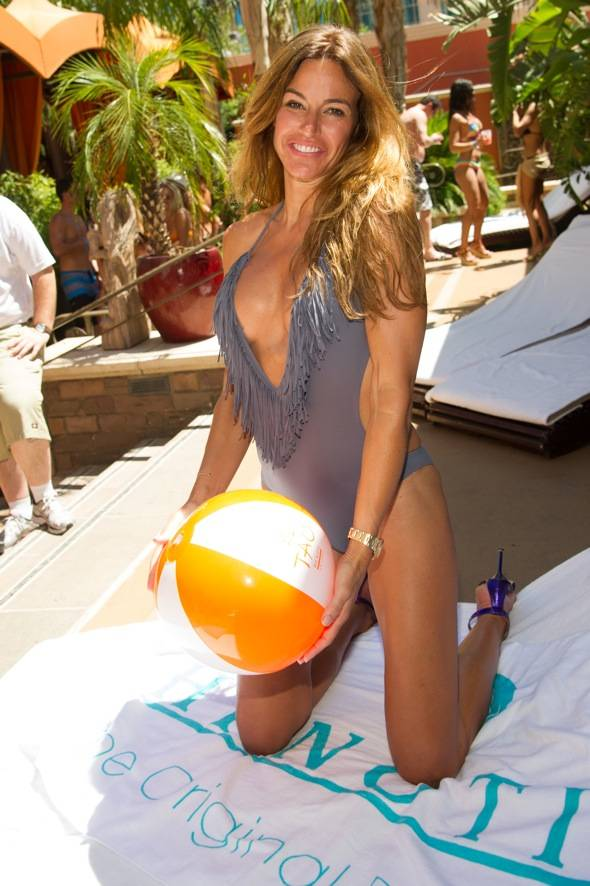 Kelly Bensimon_TAO Beach_Hpnotiq