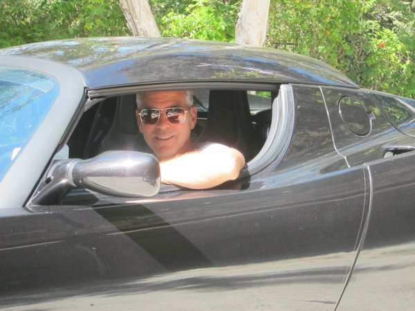 la-george-clooney-tesla-auction-20120729-001
