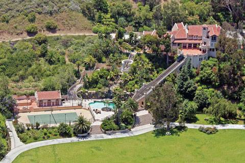 The Best Of Celebrity Living In Malibu Beverly Park East Hampton Haute Living