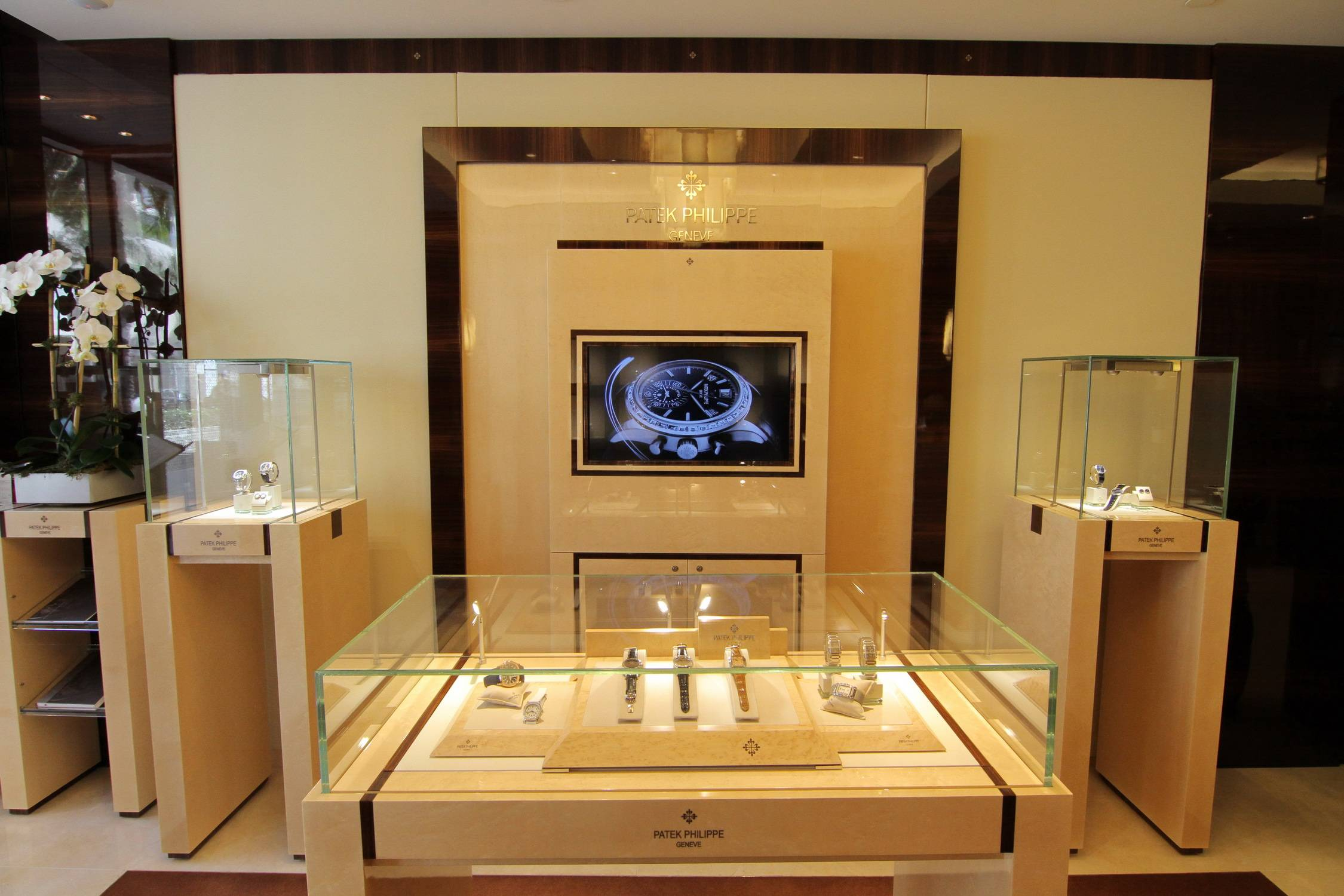 A Sneak Preview Of Patek Philippe S First American Stand