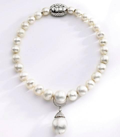 8371-klein-necklace-penda