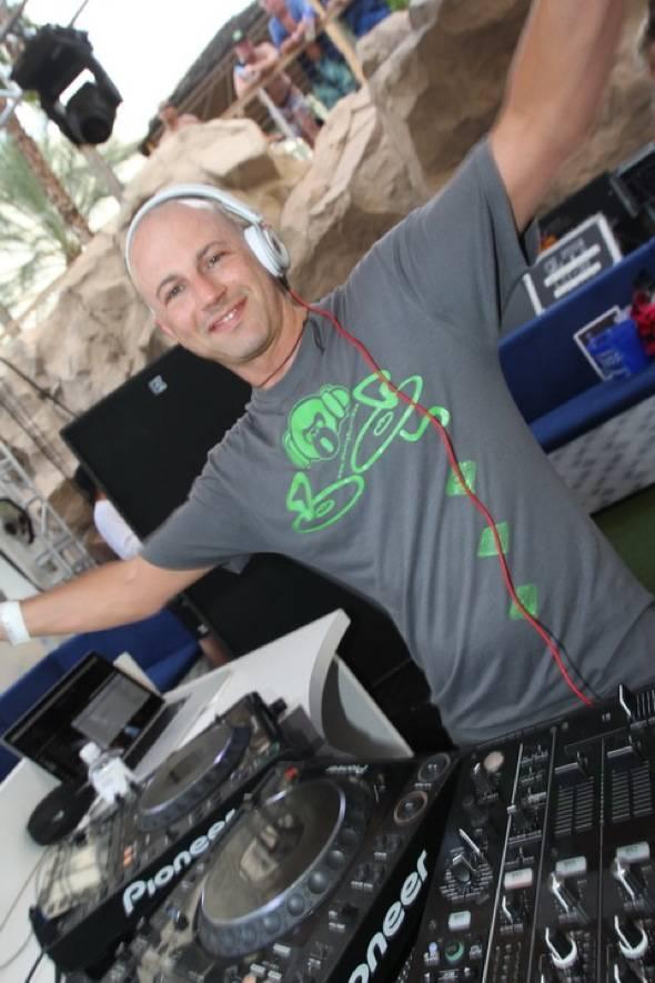 DJ Monkey Beats