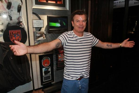 Paul Oakenfold case dedication 2