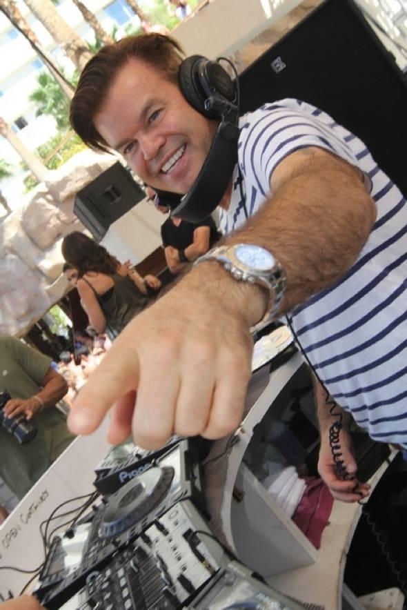 Paul Oakenfold in DJ booth
