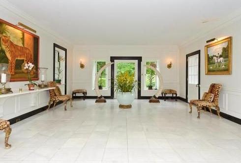 Templeton foyer