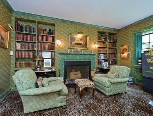 Templeton living room