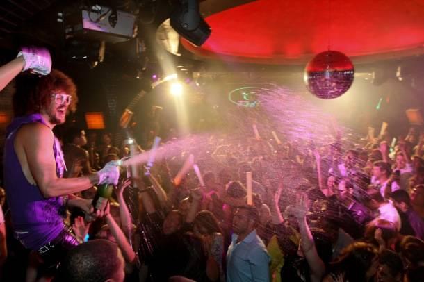 Redfoo sprays champagne_LAVO
