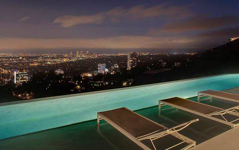 the-winklevoss-twins-just-bought-an-18-million-mansion-together-with-a-sprawling-view-of-los-angeles