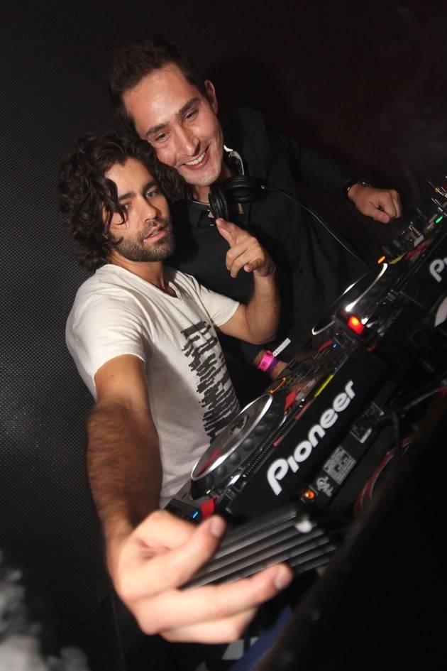 Adrian Grenier DJing with Instagram's Kevin Systrom at Rain Nightclub 9.29.12