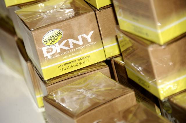 Veronique Gabai-Pinsky & Beatrice Dupire Celebrate an Evening of Art, Fragrance, Music & Emotion For the Unveiling of DKNY Be Delicious 'INTENSE' by Enrique Badulescu