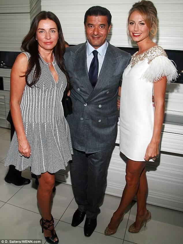 Olga Kroucoi, Arabo and Stacy beam