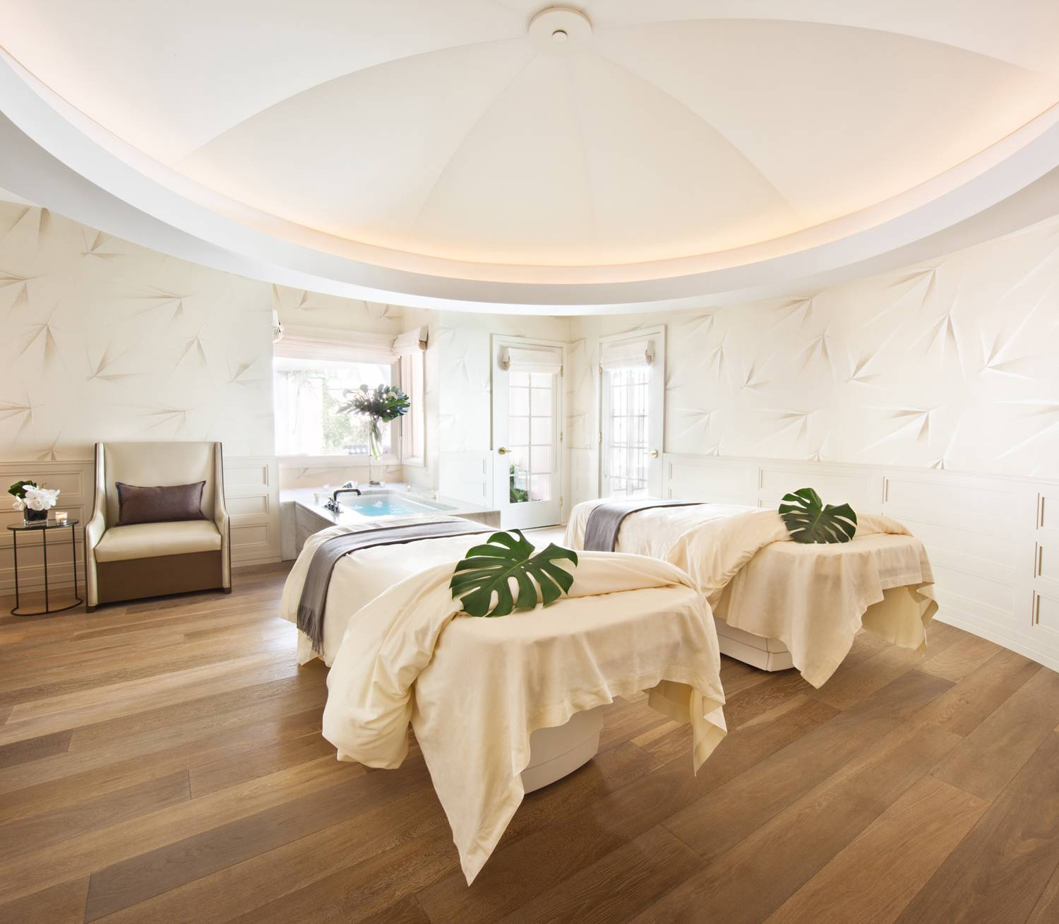 The top 5 best facials in los angeles haute living for Salon bel air