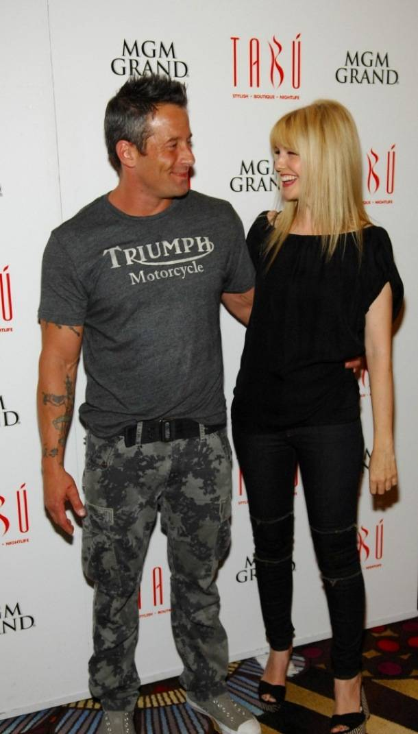 Tabú - Johnny Messner and Kathryn Morris on Carpet -9.8.12
