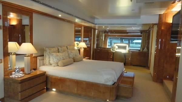 The master bedroom on Were Dreams.