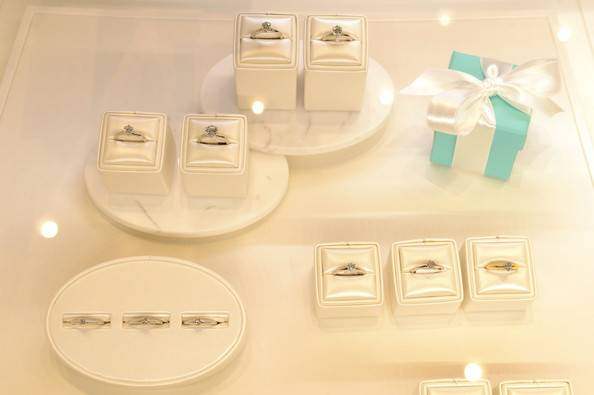 Tiffany+Co+Celebrates+FNO+New+SoHo+Store+D8tBimiBsY-l