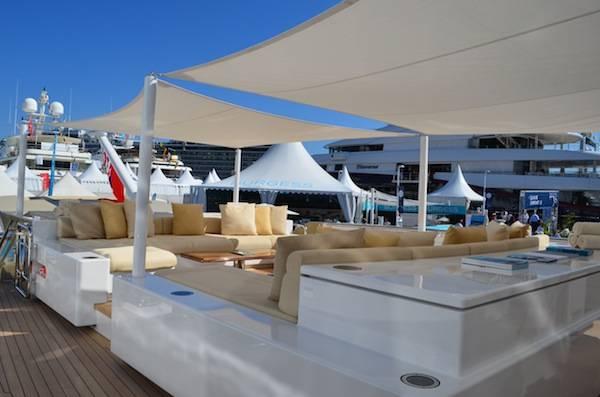 a sitting area on deck of Smeralda