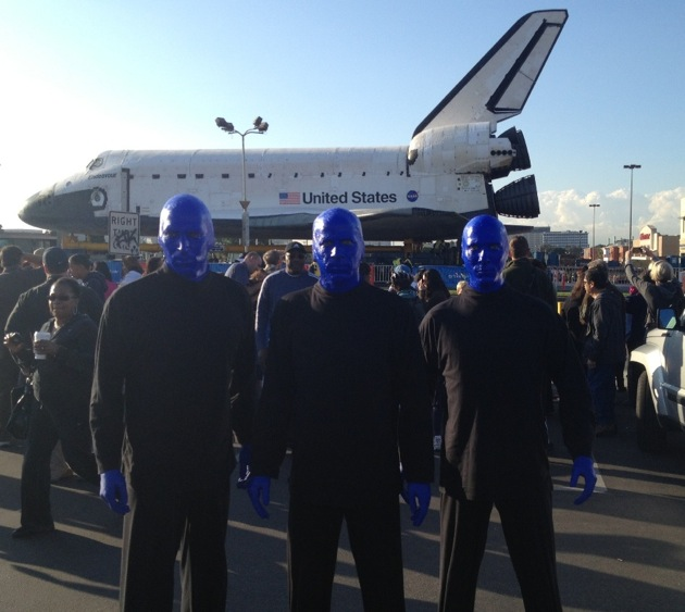 10.12.12 Blue Man Group spotted checking out the space shuttle endeavor in Los Angeles (4)