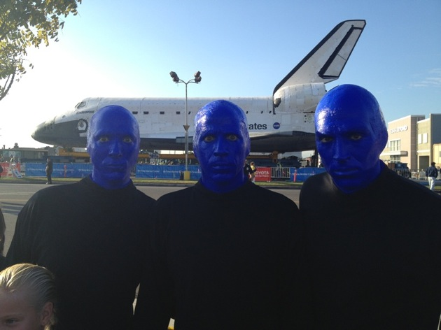 10.12.12 Blue Man Group spotted checking out the space shuttle endeavor in Los Angeles