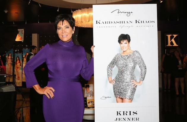 10_13_12_kris_jenner_Gins_EK_Photo-3