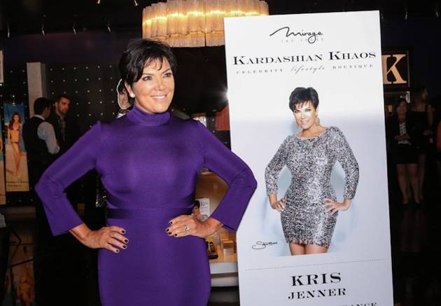 10_13_12_kris_jenner_Gins_EK_Photo-4