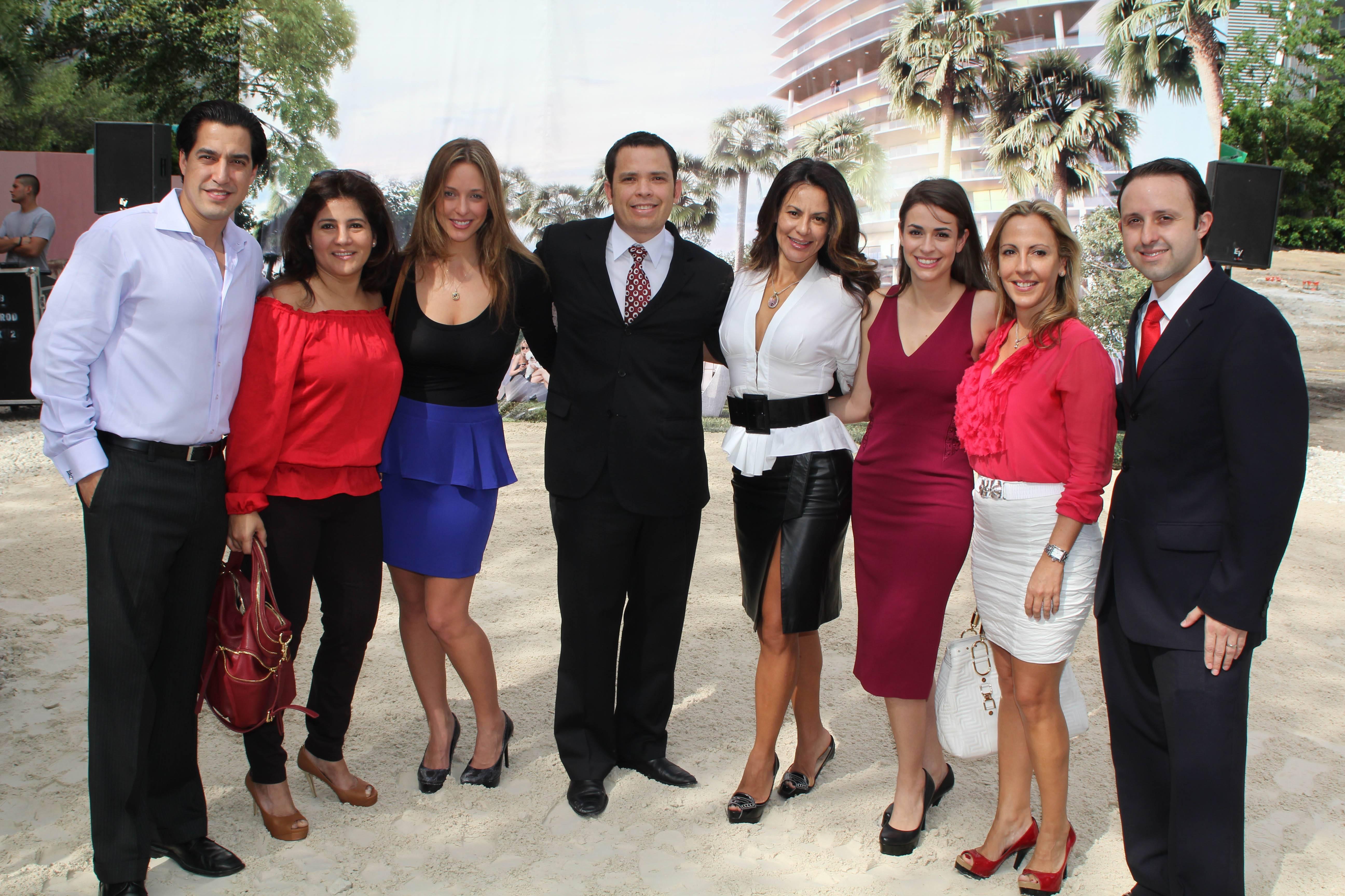 Andres Asion, Aura Aragon, Michelle Minagorri, Hector Pinto, Selene Arvesu, Amy Diaz, Kari Fernandez, Christian Tupper