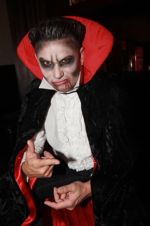 DJ Pauly D dresses up as a vampire for Vanity Nightclub's Sinner's Ball 10 28 12
