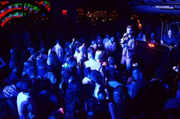 Matisyahu with crowd at Moon Nightclub in Palms Casino Resort Las Vegas 10.20.12