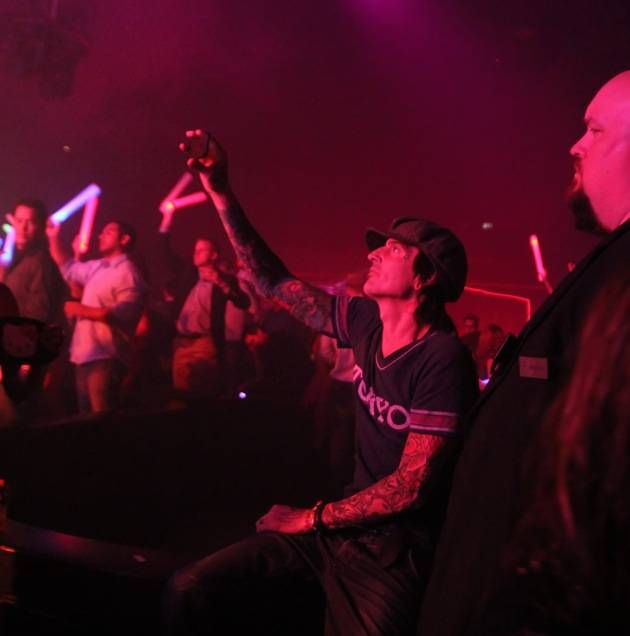 Tommy Lee watching Sofi's performance at Rain Nightclub in Las Vegas 10.13.12