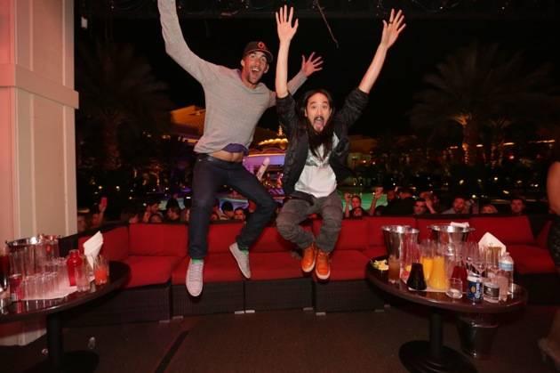 XS - Michael Phelps - Steve Aoki - jump