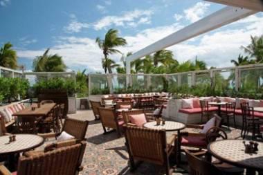 club bar at soho Beach house