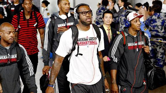 nba_g_lebronchina_576