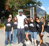 Alonzo Mourning and Volunteers Copy